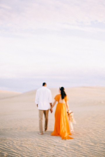 How to Style Your Engagement Session for the Perfect Save The Date – Minted Weddings 58