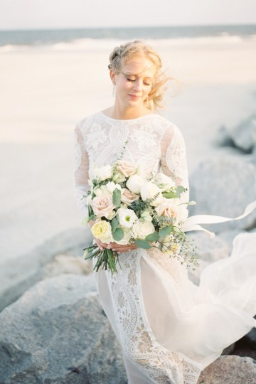 Intimate Southern Boho Beach Wedding in Charleston – Ava Moore Photography 27