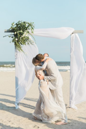 Intimate Southern Boho Beach Wedding in Charleston – Ava Moore Photography 46