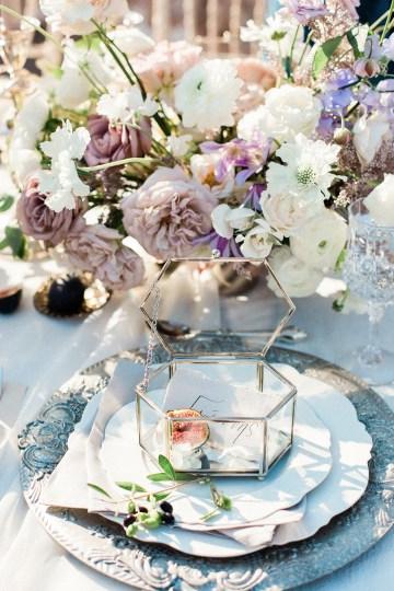 Luxurious Wedding Inspiration From An Ancient Greek Chapel – Nina Wernicke 28
