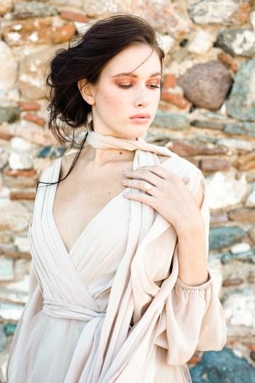 Luxurious Wedding Inspiration From An Ancient Greek Chapel – Nina Wernicke 40