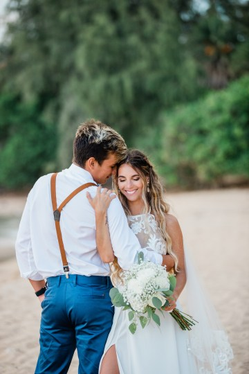 Playful and Intimate North Shore Oahu Beach Wedding – Chelsea Stratso Photography 26