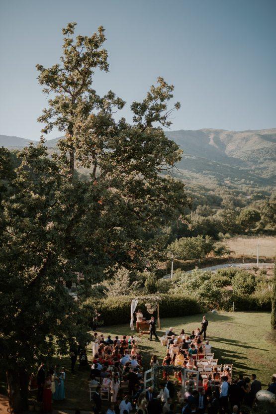 Romantic and Fashionable Spanish Boho Wedding – Javier Berenguer 21