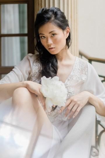 A Dramatic Gold Wedding Dress for the Goddess Bride – Vivid Symphony 15