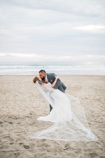 Cannon Beach Bonfire Wedding With Smores – Marina Goktas Photography 30