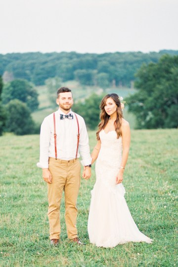 Eclectic Detail-filled Ohio Farm Wedding with a Donut Wall and Espresso Cart – Mandy Ford Photography 38