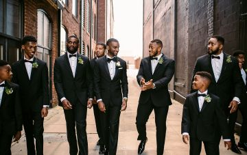 The Best Places To Buy Or Rent Groom & Groomsmen Attire Online