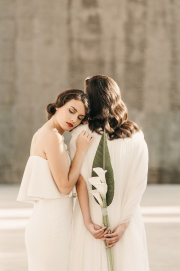 Sleek and Sexy Modern Wedding Inspiration in Emerald – Marcella Cistola 11