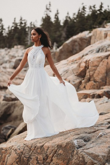 Top 10 Wedding Dress Shopping Tips From A Real Bridal Stylist – Allure Bridals 9