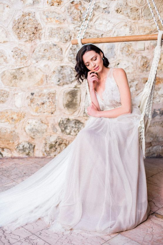 Whimsical Romantic Wedding Inspiration With Grace Kelly Vibes – Fiorello Photography 51