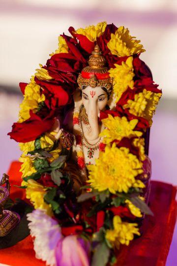 Beautiful Burgundy Hindu Fusion Wedding – Danielle Harris Photography 52