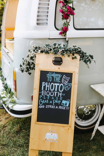 Cheery Marthas Vineyard Summer Wedding – Lena Mirisola Weddings 44