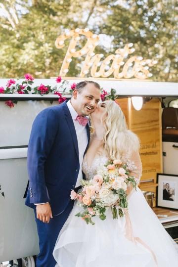 Cheery Marthas Vineyard Summer Wedding – Lena Mirisola Weddings 45
