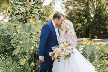 Cheery Marthas Vineyard Summer Wedding – Lena Mirisola Weddings 52