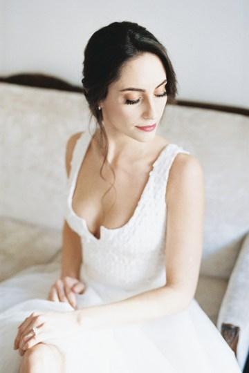 Monica Phoebe and Rachel Friends Bridal Inspiration – Lora Grady Photography 34