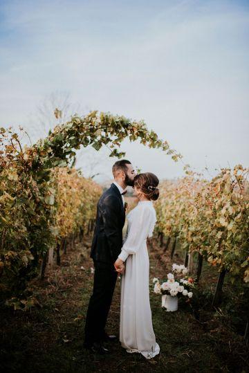 Romantic Vintage Italian Winery Wedding Inspiration – Giulia Santarelli 29