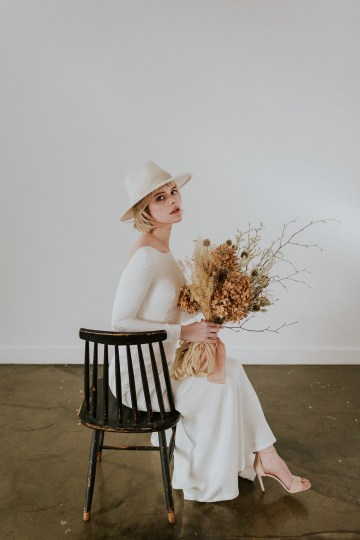 Dried Florals and Modern Minimalistic Wedding Inspiration – Maja Tsolo Photography 37