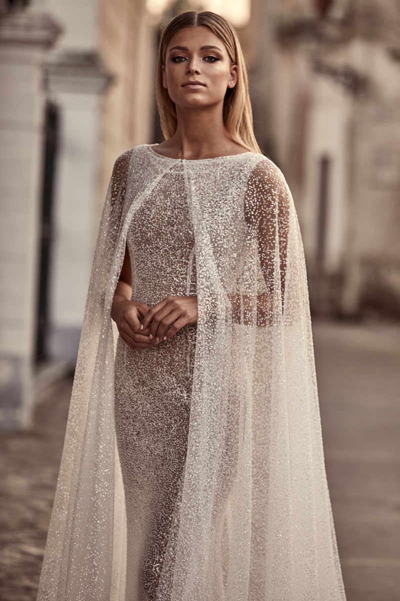 unconventional bridesmaid dresses,unconventional wedding dress,