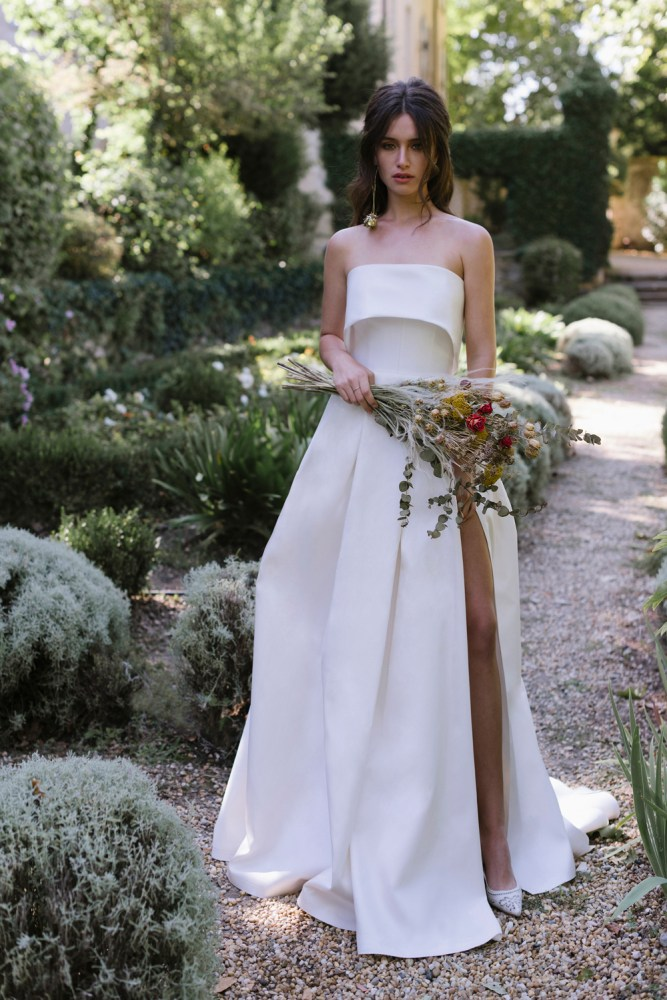7 Stunning Wedding Dresses For The Unconventional Bride Bridal Musings,Cinderella Coming To America Wedding Dress