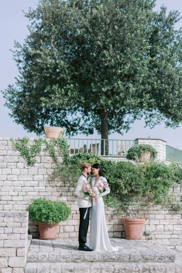 Modern Fashion-Forward Black White and Pink Greek Wedding Inspiration – Panos Demiropoulos 23