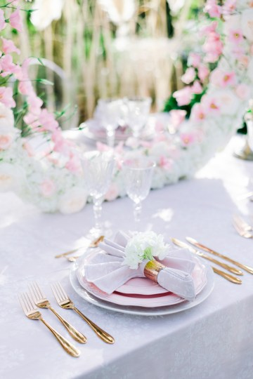 Modern Fashion-Forward Black White and Pink Greek Wedding Inspiration – Panos Demiropoulos 30