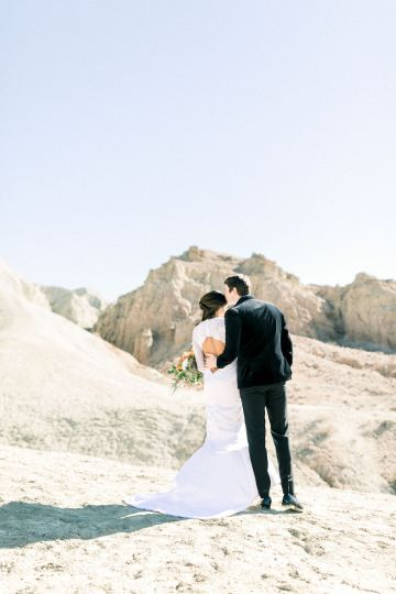 Rainbow Basin Desert Wedding Inspiration with Moon Stationery – Victoria Masai Photography 7