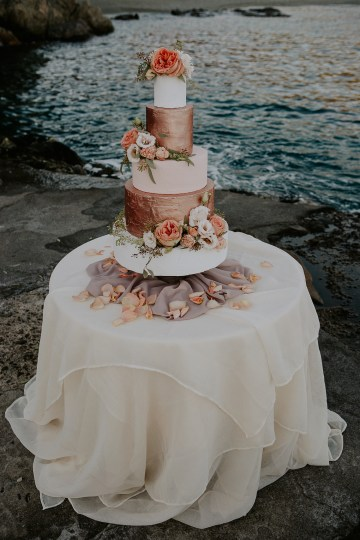 Rose Gold and Copper Cinque Terre Fall Wedding Inspiration – Di Luce e d Ombra – Greta Betton Wedding Planner 18