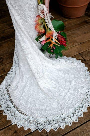 Bold Tropical Wedding Inspiration – Katerina Antos-Lewis Photography 44