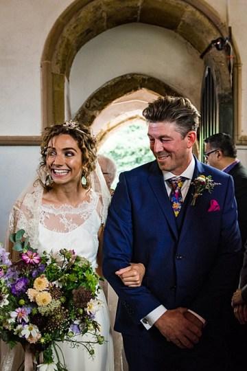 Charming English Wildflower Wedding At The Family Farm – Jonny Barratt Wedding Photography 22