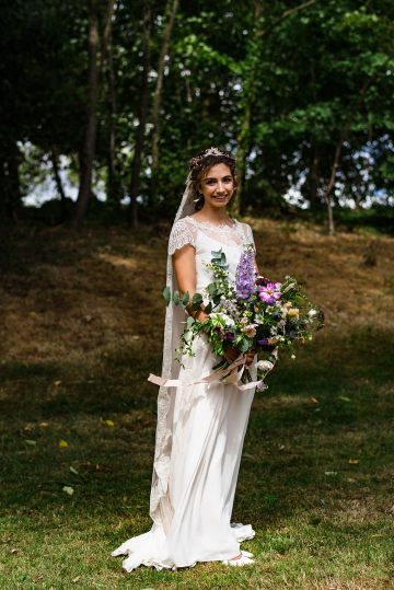 Charming English Wildflower Wedding At The Family Farm – Jonny Barratt Wedding Photography 32