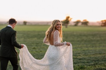 Chic Australian Garden Wedding with A Sparkling Wedding Dress – David Campbell Imagery 8