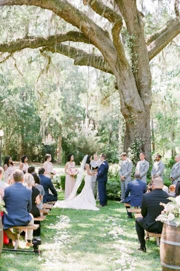 Elegant Blush Southern Plantation Wedding – Molliner Photography 45