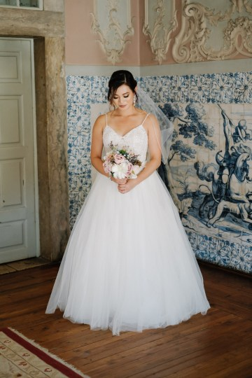 Historical Blue-tiled Palace Destination Wedding in Portugal – Jesus Caballero Photography 8