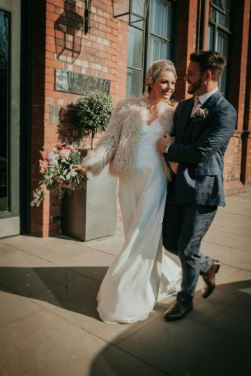 Vintage Glamour Wedding Inspiration in Manchester – Gail Secker Photography 50