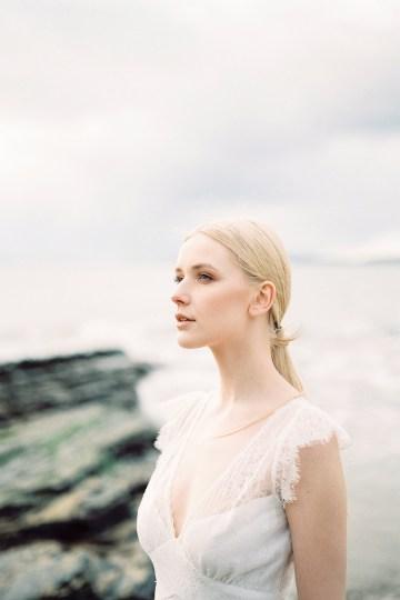 Gorgeous Coastal Ireland Wedding Inspiration – White Cat Studio – Petal and Twine 7