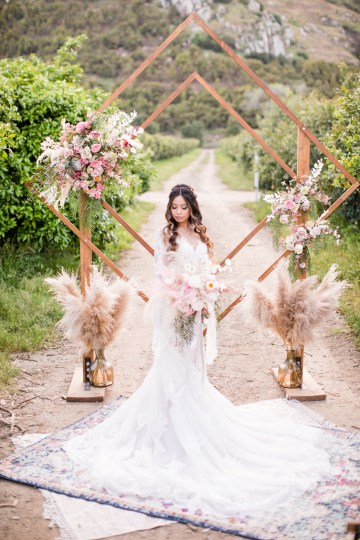 Pink Boho Farm Wedding Inspiration filled with Pretty Details – Carrie McCluskey Photo 3