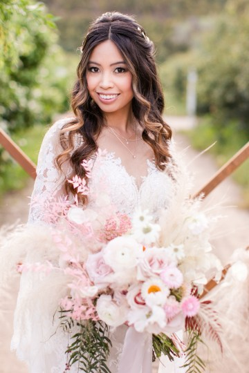 Pink Boho Farm Wedding Inspiration filled with Pretty Details – Carrie McCluskey Photo 4