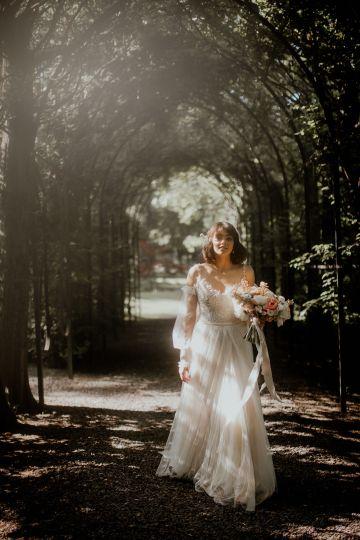 Ethereal Secret Garden Wedding Inspiration – Patrycja Wojtkowiak – Pure Love Weddings 25