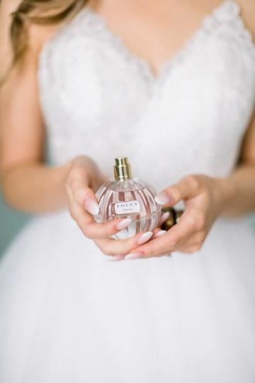 Whimsical Floral-Filled Woodland Wedding – Walnut and Main – Irina Turkova Photography 13