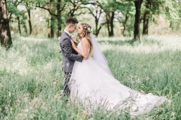 Whimsical Floral-Filled Woodland Wedding – Walnut and Main – Irina Turkova Photography 22