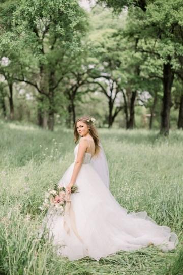 Whimsical Floral-Filled Woodland Wedding – Walnut and Main – Irina Turkova Photography 34
