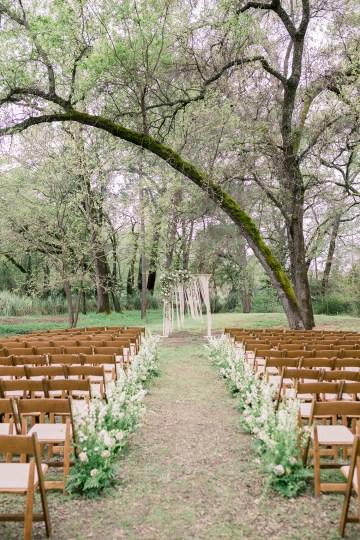 Whimsical Floral-Filled Woodland Wedding – Walnut and Main – Irina Turkova Photography 44
