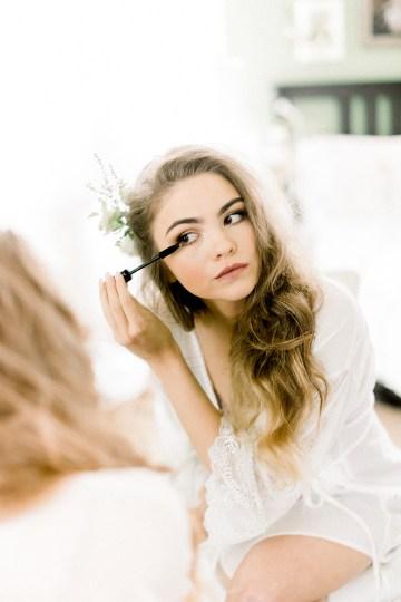 Whimsical Floral-Filled Woodland Wedding – Walnut and Main – Irina Turkova Photography 8