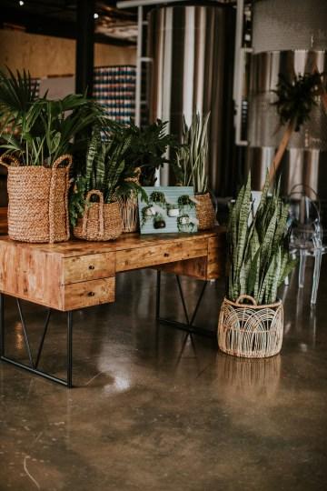 Rustic Fall-themed Nashville Cidery Wedding Inspiration – Erin Trimble Photography 11