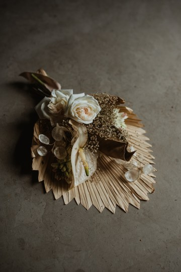 Candlelit Wedding Inspiration With Pretty Fairy Lights – Lauren Pretorius Photography 8