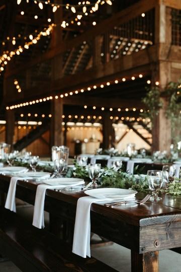 Joyous Oregon Berry Farm Wedding – Phil Chester – Peachy Keen Coordination – Hoffman Farm Store 11
