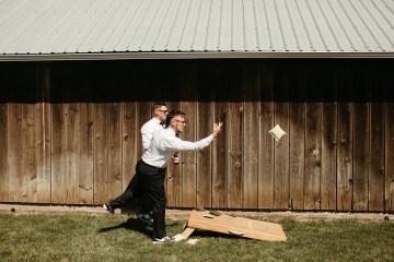 Joyous Oregon Berry Farm Wedding – Phil Chester – Peachy Keen Coordination – Hoffman Farm Store 42
