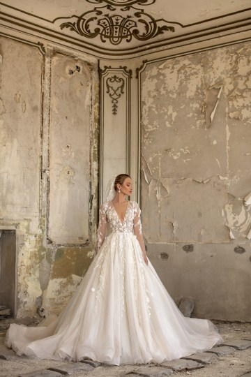 Showstopping Dazzling WONA Bridal Wedding Dresses – Aurora – Agape