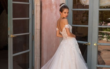 10 Gorgeous Ball Gown Wedding Dresses You'll Love