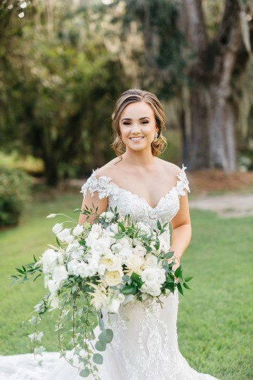 Magical Intimate Southern Wedding Under The Oak Trees – Pure Luxe Bride – Lydia Ruth Photography 24
